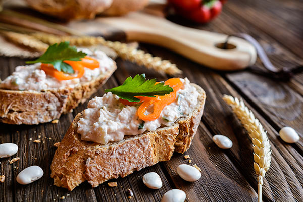 With Loryma's thickening agents and stabilisation systems vegetarian spreads are given the optimum consistency and stability.